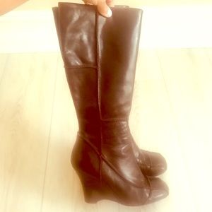 👢 ALDO Brown Leather Wedge Boots